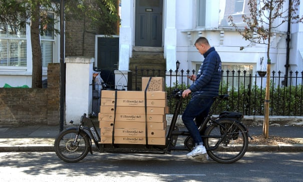 Cargo bikes deliver faster and cleaner than vans, study finds