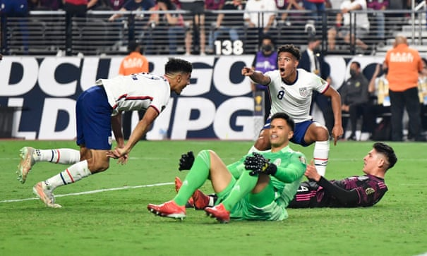 Miles Robinson's last-gasp header lifts USA over Mexico in Gold Cup final