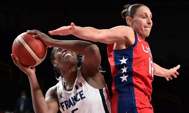 Women's basketball: USA tame France to go 52 games unbeaten at Olympics